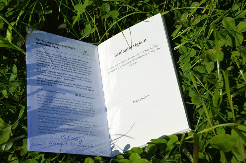 Das Fundbuch »Schlagfertigkeit« wurde ausgesetzt und gehört zu unserer Bücheraktion 15 Jahre phase grün